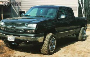 2004 Chevrolet Silverado 1500 - 20x12 -44mm - Gear Off-Road Big Block - Leveling Kit - 305/55R20