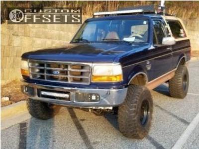 "1994 Ford Bronco - 15x10 -50.8mm - Pro Comp Series 51 - Suspension Lift 5.5"" - 35"" x 12.5"""