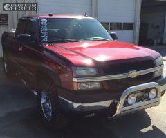"2005 Chevrolet Silverado 1500 - 18x9 -12mm - American Eagle 79 - Leveling Kit - 33"" x 12.5"""