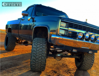 "1985 Chevrolet K10 Pickup - 20x12 -44mm - Moto Metal MO962 - Suspension Lift 8"" - 38"" x 15.5"""
