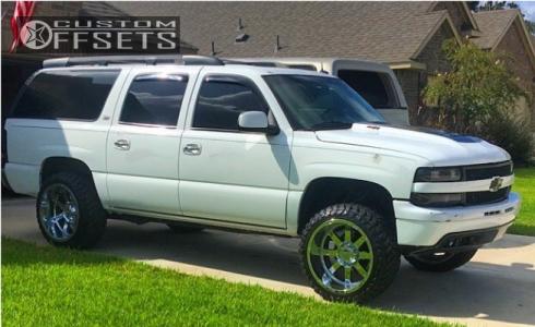 "2002 Chevrolet Suburban 1500 - 22x12 -44mm - Gear Off-Road Big Block - Leveling Kit - 33"" x 12.5"""