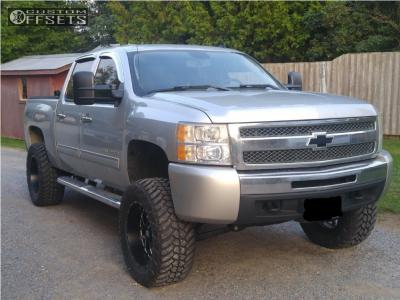 "2010 Chevrolet Silverado 1500 - 20x10 -24mm - XD Xd820 - Suspension Lift 6.5"" - 35"" x 12.5"""