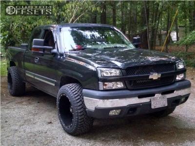 "2003 Chevrolet Silverado 1500 - 20x12 -44mm - TIS 535b - Stock Suspension - 33"" x 12.5"""
