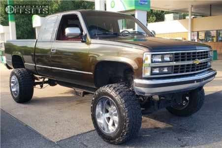 "1992 Chevrolet K1500 - 20x12 -44mm - Moto Metal Mo962 - Suspension Lift 6"" - 35"" x 12.5"""
