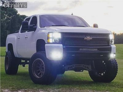 "2009 Chevrolet Silverado 1500 - 20x12 -52mm - Method Nv - Suspension Lift 9"" - 37"" x 13.5"""