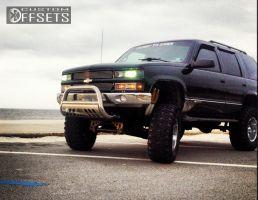 "1996 Chevrolet Tahoe - 18x10 -22mm - Mazzi Hulk - Lifted >9"" - 37"" x 13.5"""