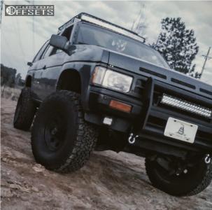 "1992 Nissan Pathfinder - 15x7 -6mm - American Racing Baja - Body Lift 3"" - 32"" x 11.5"""