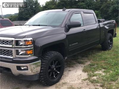 2015 Chevrolet Silverado 1500 - 18x9 20mm - Fuel Coupler - Leveling Kit - 285/55R18