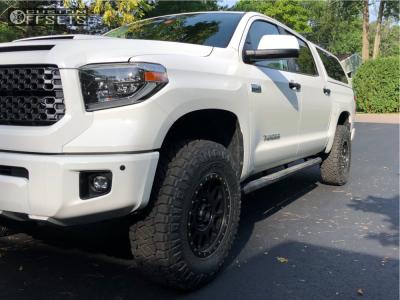"2018 Toyota Tundra - 18x9 25mm - Method Nv - Body Lift 3"" - 285/75R18"
