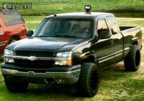 """2004 Chevrolet Silverado 1500 - 20x12 -44mm - Fuel Hostage - Suspension Lift 4.5"""" - 33"""" x 12.5"""""""