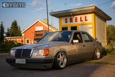 1991 Mercedes Benz 300d Fitment Gallery Custom Offsets