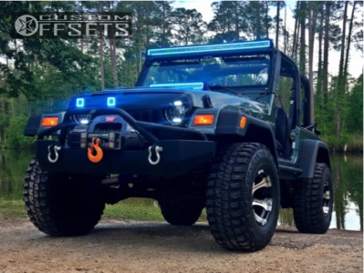 "2000 Jeep Wrangler - 15x8 -21mm - Dick Cepek Dc-2 - Body Lift 3"" - 33"" x 12.5"""