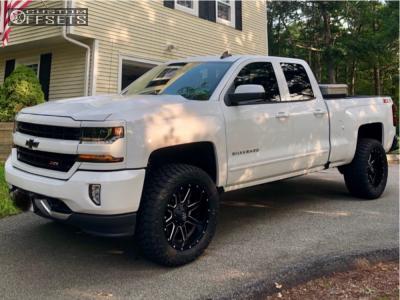 "2018 Chevrolet Silverado 1500 - 20x10 -24mm - Fuel Maverick D538 - Suspension Lift 4"" - 305/55R20"