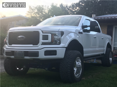 """2018 Ford F-150 - 20x12 -51mm - Fuel Forged Ff02 - Suspension Lift 7"""" - 325/60R20"""