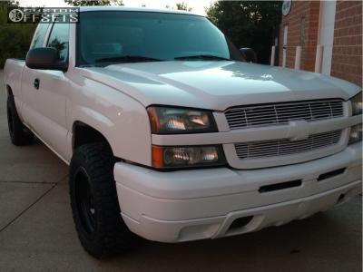 2005 Chevrolet Silverado 1500 - 18x9 0mm - XD Xd133 - Stock Suspension - 265/60R18