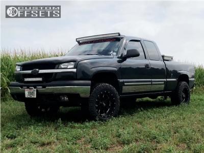 2003 Chevrolet Silverado 1500 - 18x10 -24mm - Moto Metal Mo962 - Leveling Kit - 285/55R18