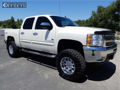 """2013 Chevrolet Silverado 1500 - 18x9 -12mm - XD Badlands - Suspension Lift 6"""" - 35"""" x 12.5"""""""