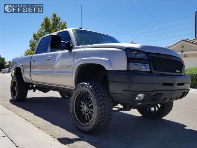 """2005 Chevrolet Silverado 2500 HD Classic - 22x10 -23mm - Black Rhino Tanay - Suspension Lift 6"""" - 35"""" x 13.5"""""""