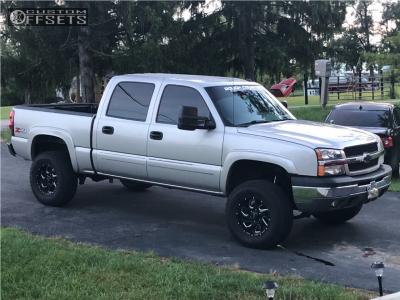 "2004 Chevrolet Silverado 1500 - 18x9 18mm - Ultra Carnage - Suspension Lift 6"" - 275/65R18"