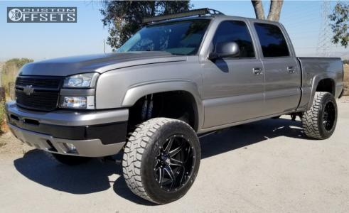"2006 Chevrolet Silverado 1500 - 20x12 -44mm - Havok H112 - Suspension Lift 4"" - 33"" x 12.5"""