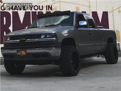 """1999 Chevrolet Silverado 1500 - 20x12 -44mm - Hostile H108 - Body Lift 3"""" - 33"""" x 12.5"""""""