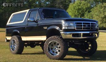"1992 Ford Bronco - 20x12 -44mm - XD Riot - Suspension Lift 6"" - 35"" x 12.5"""
