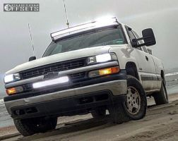 2000 Chevrolet Silverado 1500 - 16x7 31mm - Spaced Out Stockers Spaced Out Stockers - Leveling Kit - 265/75R16