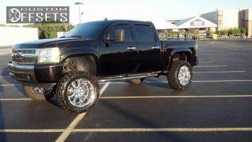 """2007 Chevrolet Silverado 1500 - 22x12 -44mm - XD Badlands - Suspension Lift 7.5"""" - 37"""" x 13.5"""""""