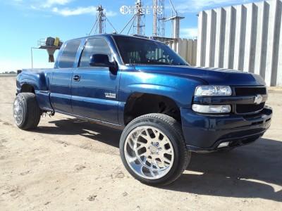 "2000 Chevrolet Silverado 1500 - 22x14 -76mm - Gear Forged F71p1 - Suspension Lift 6"" - 305/45R22"
