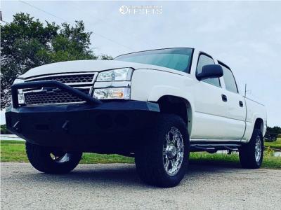 "2006 Chevrolet Silverado 1500 - 20x9 10mm - Gear Off-Road Recoil - Body Lift 3"" - 305/55R20"
