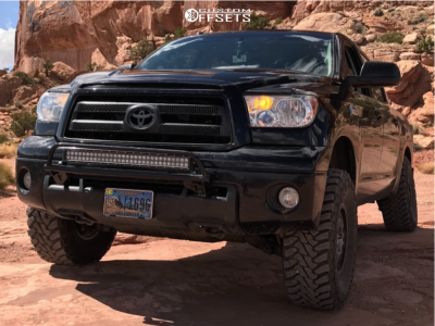 """2013 Toyota Tundra - 17x8 50mm - Spaced Out Stockers Spaced Out Stockers - Suspension Lift 3"""" - 315/70R17"""