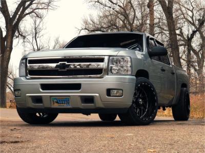 2010 Chevrolet Silverado 1500 - 22x12 -44mm - TIS 544bm - Lowered 2F / 4R - 305/40R22