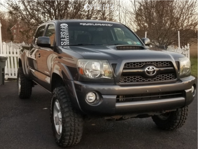 """2011 Toyota Tacoma - 17x7.5 30mm - Spaced Out Stockers Spaced Out Stockers - Suspension Lift 3"""" - 265/70R17"""