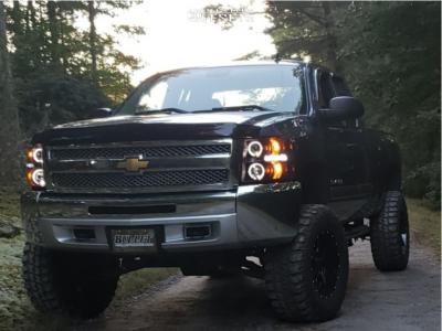 "2013 Chevrolet Silverado 1500 - 18x10 -24mm - Moto Metal Mo970 - Suspension Lift 7.5"" - 35"" x 12.5"""