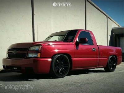 2006 Chevrolet Silverado 1500 - 22x9 31mm - Oe Performance 132 - Lowered 5F / 7R - 265/35R22