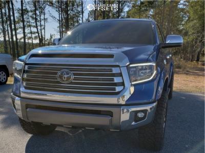 2018 Toyota Tundra - 20x10 -18mm - Fuel Warrior - Leveling Kit - 295/60R20