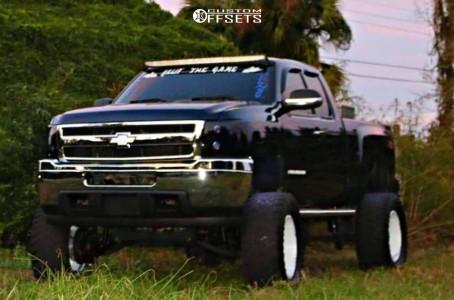 "2009 Chevrolet Silverado 1500 - 20x10 -19mm - Hostile Knuckles - Suspension Lift 10"" - 38"" x 15.5"""