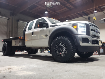 """2016 Ford F-350 Super Duty - 20x8.25 -325mm - Fuel Forged Ff66d - Stock Suspension - 37"""" x 11.5"""""""