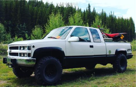 """1998 Chevrolet K1500 - 15x8 -25mm - Pro Comp Series 51 - Suspension Lift 4"""" - 33"""" x 12.5"""""""