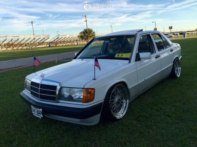 1993 Mercedes-Benz 190E - 17x8.5 15mm - JNC Jnc004 - Coilovers - 195/40R17