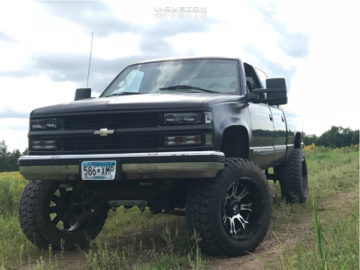 "2000 Chevrolet K2500 - 20x12 -44mm - American Truxx At154 - Suspension Lift 7"" - 35"" x 12.5"""
