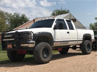 "1997 Chevrolet K1500 - 17x9 -12mm - XD XD129 - Suspension Lift 4"" - 35"" x 12.5"""