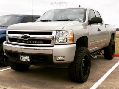 """2007 Chevrolet Silverado 1500 - 20x10 -24mm - Fuel Lethal - Suspension Lift 6"""" - 35"""" x 12.5"""""""