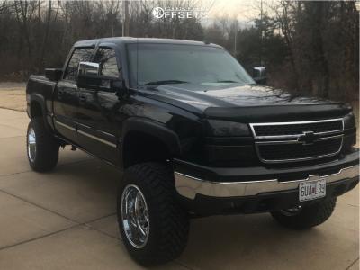 "2006 Chevrolet Silverado 1500 - 20x12 -43mm - Fuel Triton D609 - Suspension Lift 6.5"" - 35"" x 12.5"""
