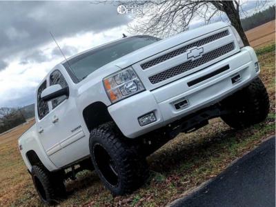 """2011 Chevrolet Silverado 1500 - 20x12 -44mm - Fuel Stroke - Suspension Lift 6"""" - 35"""" x 12.5"""""""