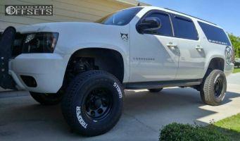 "2007 Chevrolet Suburban - 17x9 -12mm - Black Rock 997 - Suspension Lift 7"" - 35"" x 12.5"""