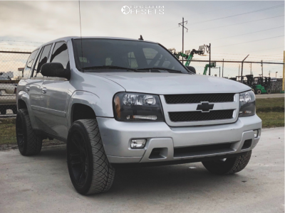"2009 Chevrolet Trailblazer - 20x9 18mm - Ultra Maverick - Suspension Lift 3"" - 265/50R20"