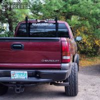 """2000 Chevrolet Silverado 1500 - 15x7 31mm - Stock Spaced out stockers - Body Lift 3"""" - 33"""" x 12.5"""""""