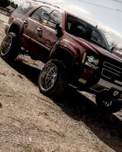 """2007 Chevrolet Tahoe - 24x12 -44mm - Savage Sa02 - Suspension Lift 7.5"""" - 35"""" x 13.5"""""""
