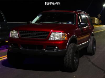 """2003 Ford Explorer - 17x10 -12mm - Fuel Maverick D537 - Suspension Lift 3"""" - 265/70R17"""